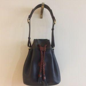Dooney & Bourke Vintage Pebble Grain Shoulder Bag